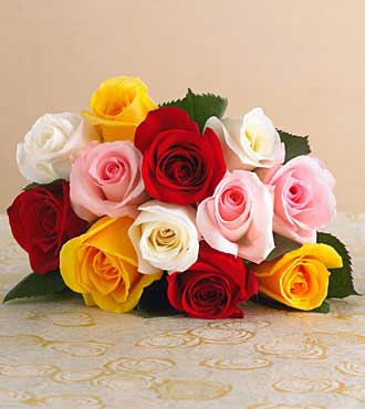 12 Assorted Roses Bouquet