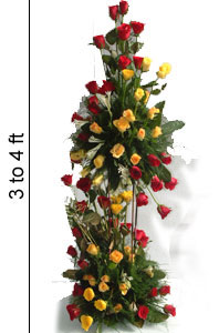 3 to 4 Feet Tall arrangement of Roses